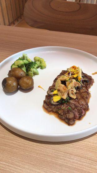 Foto review Fuku Japanese Kitchen & Cafe oleh Aireen Puspanagara 3