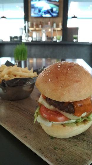 Foto review Gourmet Bar - Hotel Novotel Mangga Dua oleh Raka Pradipta 1