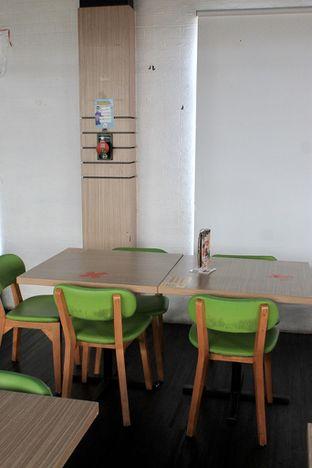 Foto 9 - Interior di Bounce Cafe oleh Prido ZH