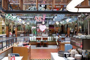 Foto 15 - Interior di Pish & Posh Cafe oleh yudistira ishak abrar
