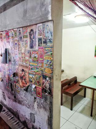 Foto 2 - Interior di Claypot Popo oleh @makansamaoki