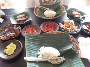 Foto 1 - Makanan di Waroeng SS oleh shapelikefood.