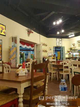 Foto 2 - Interior di Mangia oleh Wiwis Rahardja