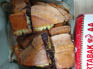 Foto 4 - Makanan di Martabak AA oleh ig: @andriselly