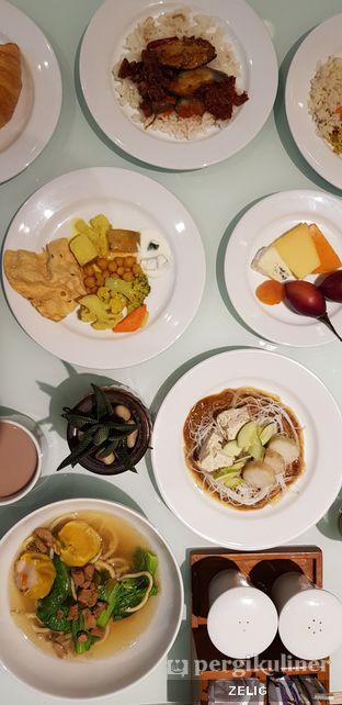 Foto 5 - Makanan di Catappa Restaurant - Hotel Grand Mercure Kemayoran oleh @teddyzelig