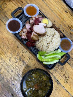 Foto review Nasi Campur Tri Bukit oleh Yohanacandra (@kulinerkapandiet) 10