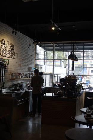 Foto 25 - Interior di Chief Coffee oleh yudistira ishak abrar