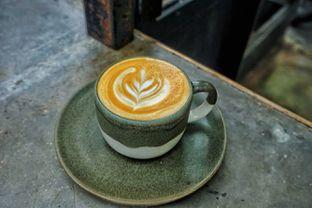 Foto 1 - Makanan(Hot Cappuccino) di Kopi Nalar oleh Fadhlur Rohman