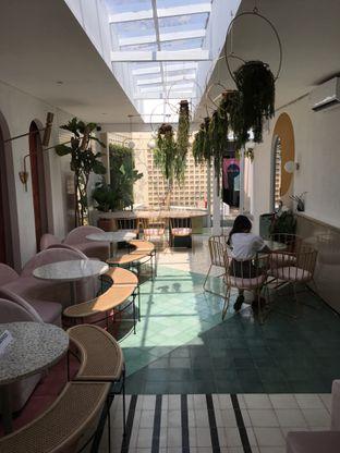 Foto 13 - Interior di Delicacies oleh Mariane  Felicia
