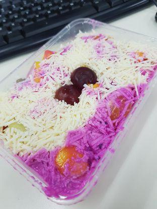 Foto review SABU (Salad Buah Premium) oleh Yuli || IG: @franzeskayuli 2