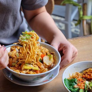 Foto 2 - Makanan di Bale Soto oleh Wawa | IG : @foodwaw