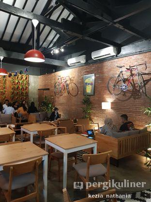 Foto 5 - Interior di Kayuh Clubhouse oleh Kezia Nathania