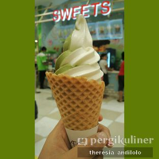 Foto - Makanan(Ice cream vanilla mix green tea) di Sweets oleh IG @priscscillaa