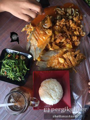 Foto 1 - Makanan(4 Pax Package) di Seafood Factory oleh Shella Anastasia