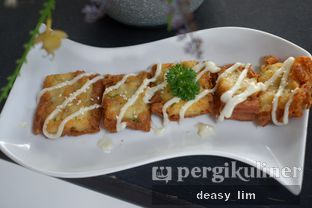 Foto review Intro Jazz Bistro & Cafe oleh Deasy Lim 9