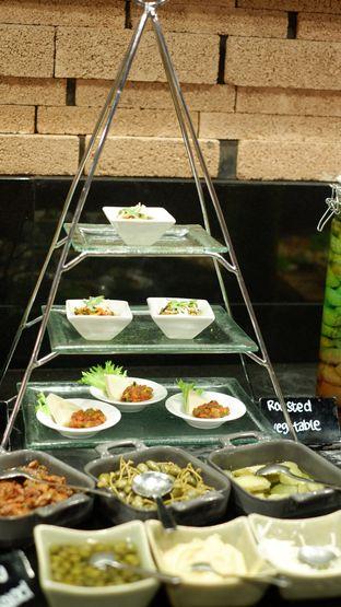 Foto 18 - Makanan di OPEN Restaurant - Double Tree by Hilton Hotel Jakarta oleh Deasy Lim