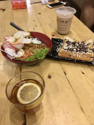 Foto 11 - Makanan di Uncle Jo Coffee Shop oleh Prido ZH