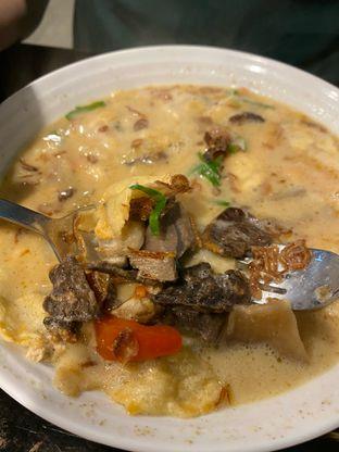 Foto 1 - Makanan di Soto Betawi Nyonya Afung oleh Duolaparr