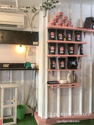 Foto 4 - Interior di Mimo Cooks & Coffee oleh Cubi