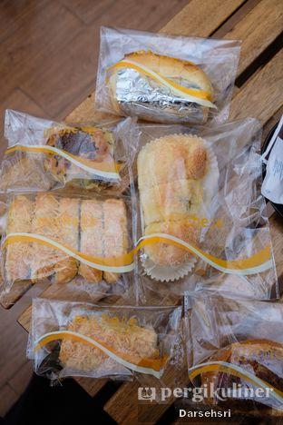 Foto 2 - Makanan di Michelle Bakery oleh Darsehsri Handayani