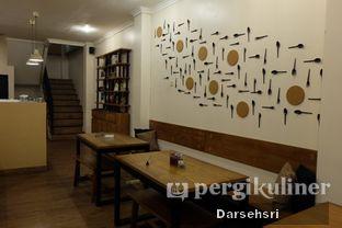 Foto 6 - Interior di Kami Ruang & Cafe oleh Darsehsri Handayani