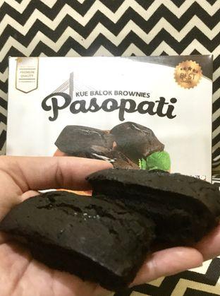 Foto review Kue Balok Brownies Pasopati oleh Prido ZH 1