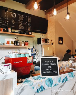 Foto 7 - Interior di Big Pond Coffee oleh Eat and Leisure
