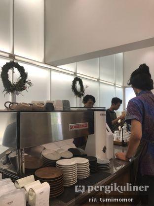 Foto 4 - Interior di Titik Temu Coffee oleh riamrt