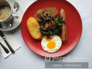Foto 1 - Makanan(Small Breakfast Set) di Abraco Bistro & Bar oleh Agnes Octaviani
