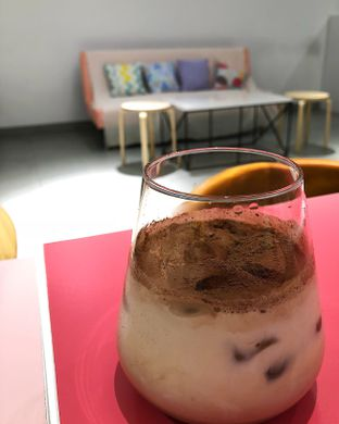 Foto 3 - Makanan(Iced Chocolate) di La Vie Kitchen and Coffee oleh Claudia @claudisfoodjournal