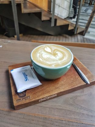 Foto review One Eighty Coffee and Music oleh Eatandcrunch  7