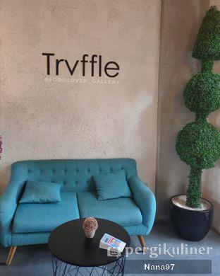 Foto 10 - Interior di Trvffle Bistro oleh Nana (IG: @foodlover_gallery)