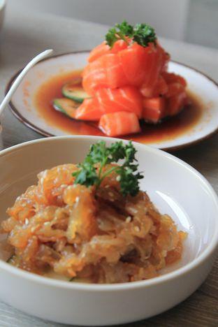 Foto 22 - Makanan di Sushi Itoph oleh Prido ZH