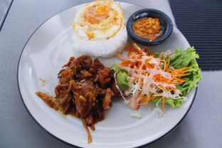 Foto 1 - Makanan(Nasi Ayam Teriyaki) di Dago Bakery oleh Novita Purnamasari