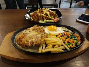 Foto 1 - Makanan di Madame Hot Plate oleh Maissy  (@cici.adek.kuliner)