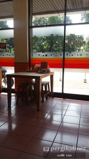Foto 5 - Interior di Soto Kudus Kedoya oleh Selfi Tan