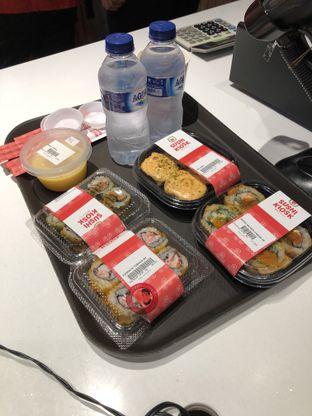 Foto 2 - Makanan di Sushi Kiosk oleh Michael Wenadi