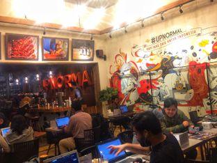 Foto 8 - Interior di Upnormal Coffee Roasters oleh Putri Miranti  Allamanda