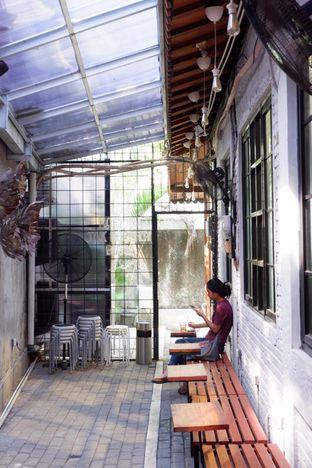Foto 9 - Interior di Stuja Coffee oleh yudistira ishak abrar