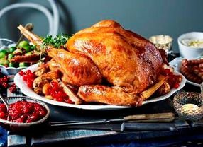 Ini Alasan Mengapa Kalkun Jadi Makanan Utama Saat Natal di Inggris!