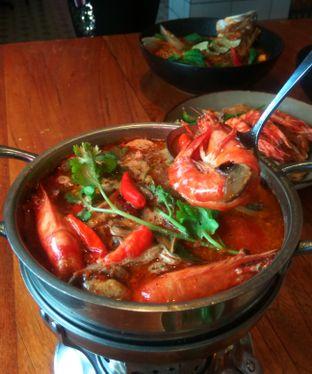 Foto 1 - Makanan(Tom Yum Ta-Lay) di Ying Thai oleh Renodaneswara @caesarinodswr