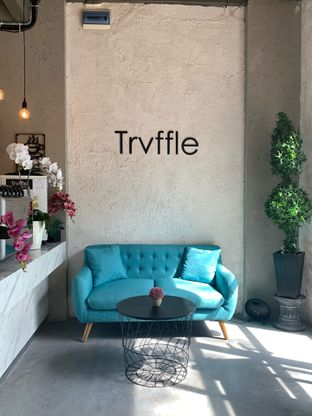 Foto 1 - Interior di Trvffle Bistro oleh Wawa | IG : @foodwaw