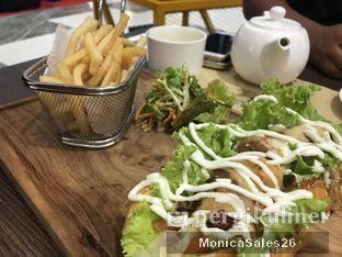 Foto review Almondtree oleh Monica Sales 3