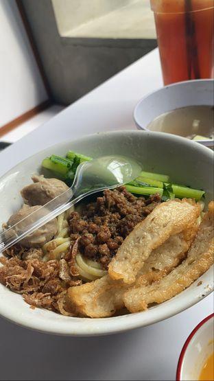 Foto 5 - Makanan(Mie Ayam) di Haka Dimsum Shop oleh deandra zaneta