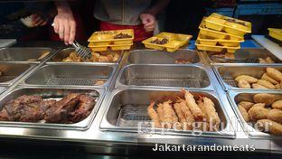 Foto 1 - Makanan di HokBen (Hoka Hoka Bento) -  Kartika Chandra Hotel oleh Jakartarandomeats