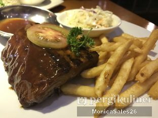 Foto 4 - Makanan(smokey baby back ribs) di Smokey Ribs oleh Monica Sales
