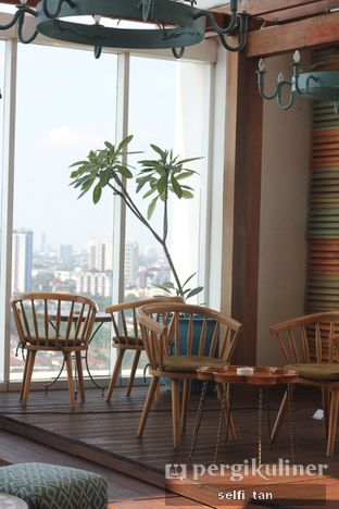 Foto 1 - Interior di Karumba Rooftop Rum Bar oleh Selfi Tan