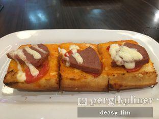 Foto 1 - Makanan di Pizza Hut oleh Deasy Lim