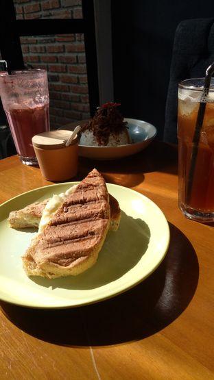 Foto 1 - Makanan di Monopole Coffee Lab oleh indah.drain