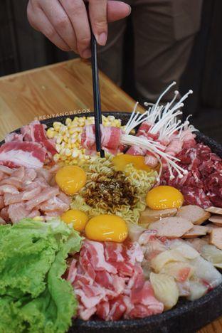 Foto 2 - Makanan di Babakaran Street oleh vionna novani